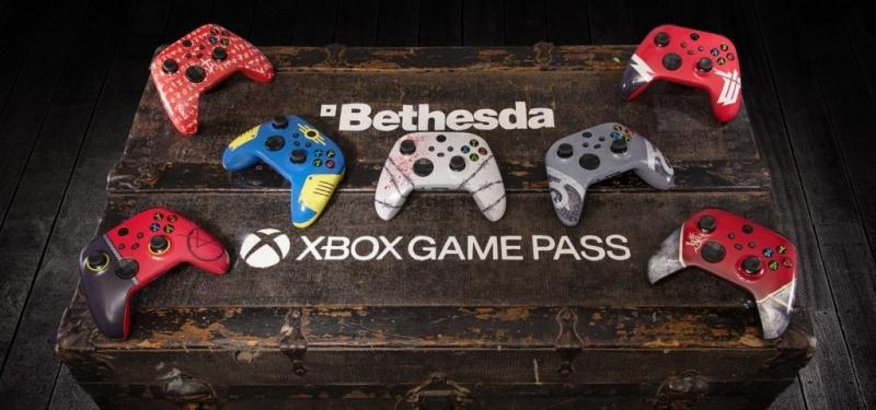 Розыгрыш (в Twitter) семи тематических геймпадов Xbox Series