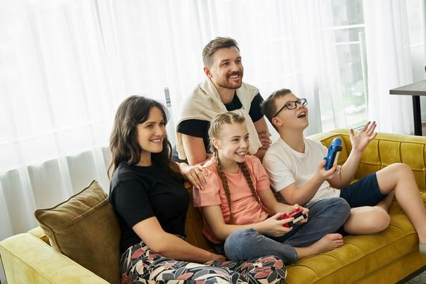 В первый день лета мы хотим сказать спасибо всем мамам и папам, что разделяли наши увлечения и еще в детстве познакомили с удивительным миром видеоигр!