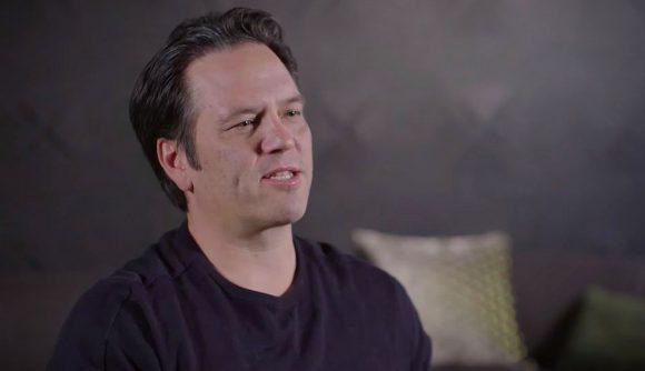 Фил Спенсер: про VR на Xbox и обновление геймпада