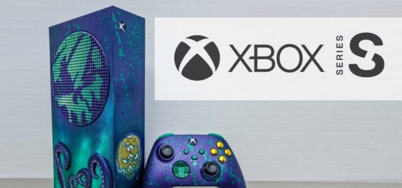 Кастомный Xbox Series S в стиле Sea of Thieves